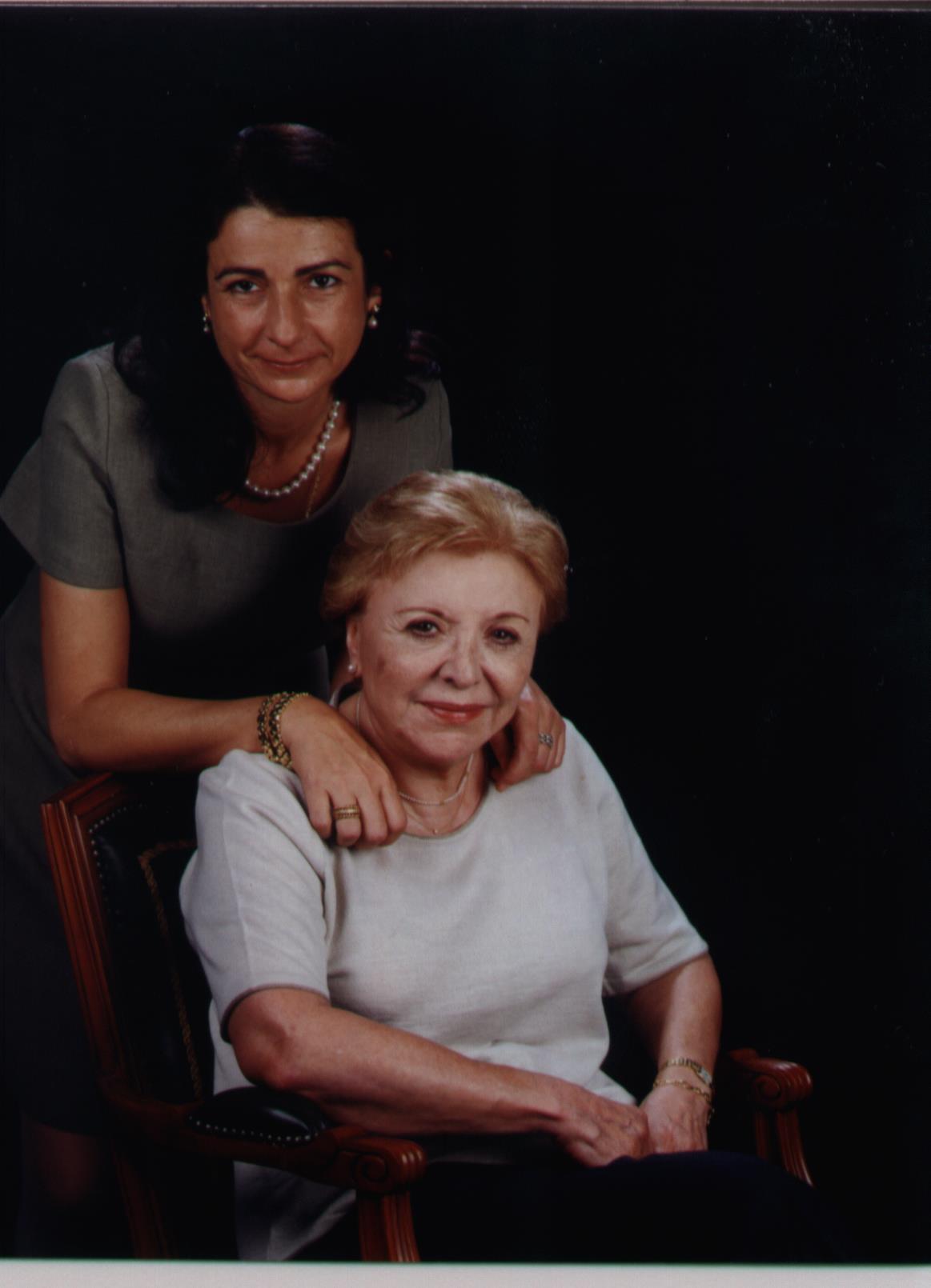 Sra. Verònica Vila-San-Juán