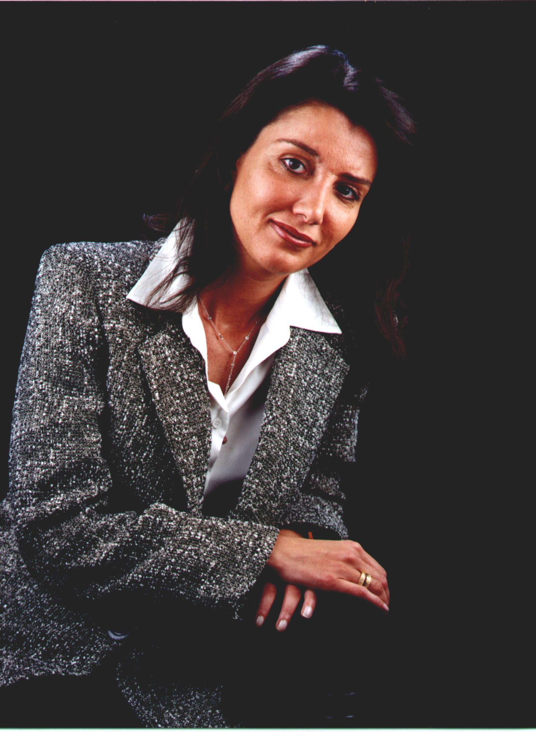 Sra. Isabel Gonzalo Dellerès