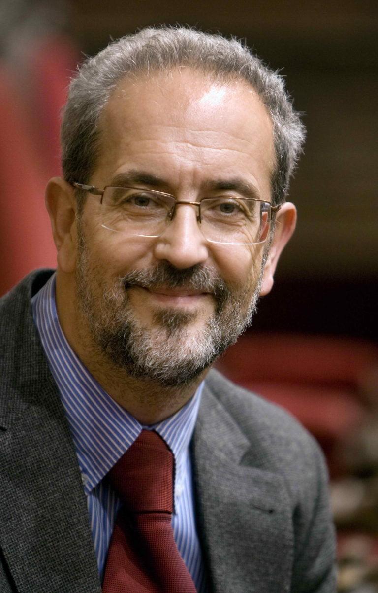 Dr. Daniel Hernández Ruipérez