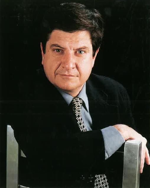 Sr. Marcos Urarte