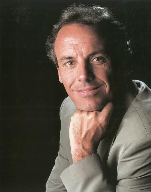 Sr. J. Carlos Riba