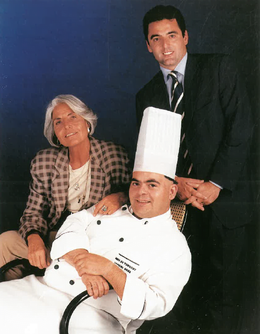 Srs. Montserrat Figueras, Toni Sáez i Gregori Berenguí