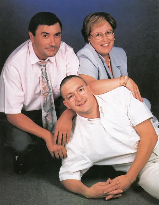 Srs. Agustí Subirats, Carles Enric Frago i Rosa Samper