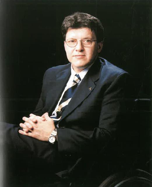 Sr. Enrique Rovira-Beleta Cuyás