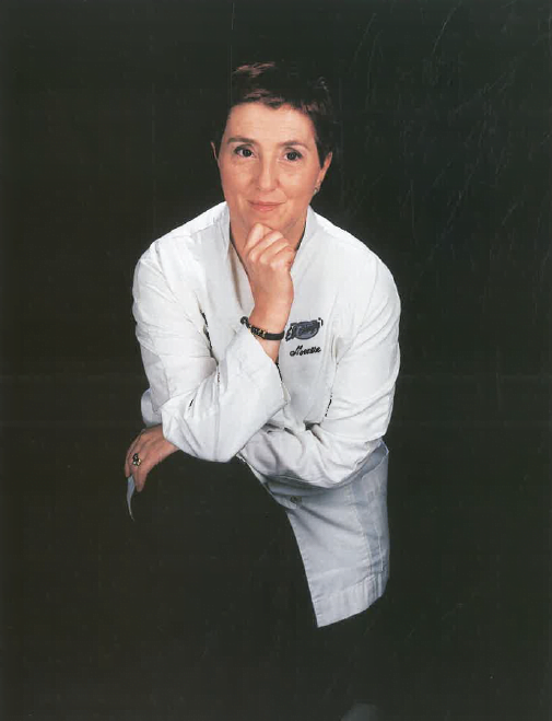 Sra. Montse Estruch