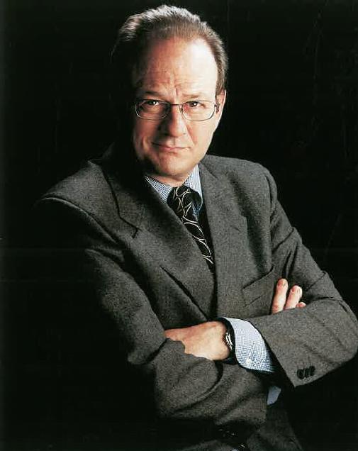 Sr. Álvaro Devai